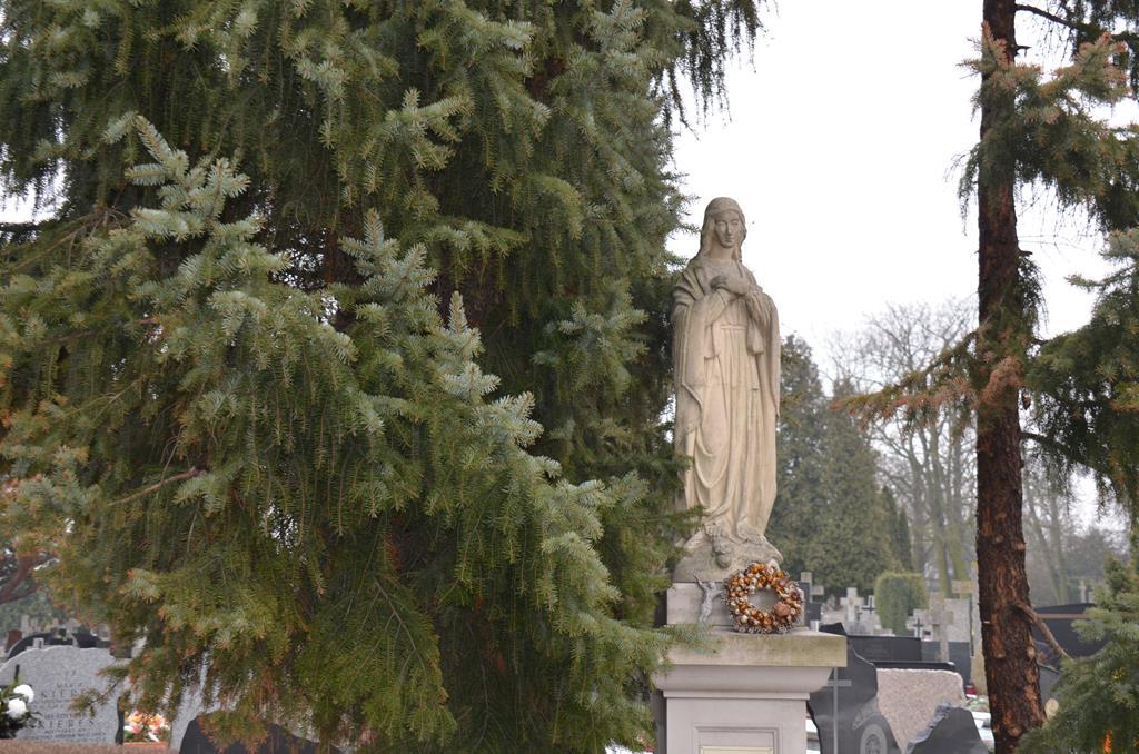 pogrzeb s. Elżbiety (37) (Copy).JPG