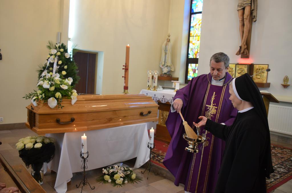pogrzeb s.Mieczysławy (8) (Copy).JPG