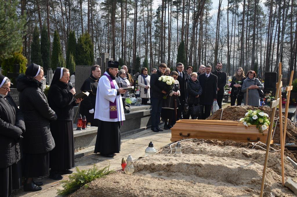 pogrzeb s.Mieczysławy (21) (Copy).JPG