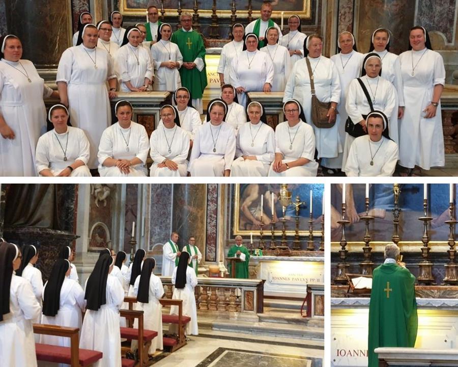 Msza przy Grobie św. Jana Pawła II , Bazylika św. Piotra - Kaplica św. Sebastiana.