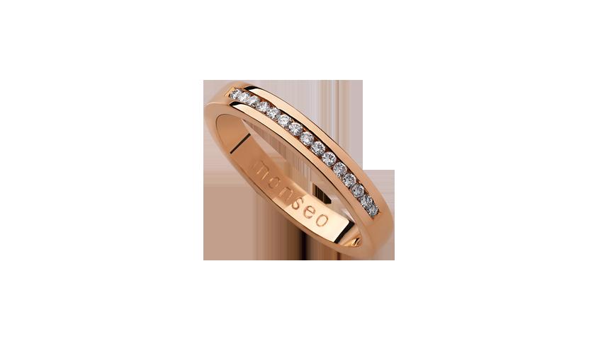 AN0656D - Aliança Moments com diamantes   Aliança em ouro rosa 19.2 Kt. Opção em ouro branco ou ouro amarelo.