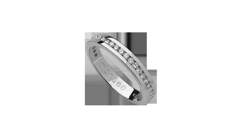 AN0627A - Aliança Moments com diamantes   Aliança em ouro branco 19.2 Kt. com 40 diamantes lapidação brilhante. Opção em ouro rosa ou ouro amarelo.