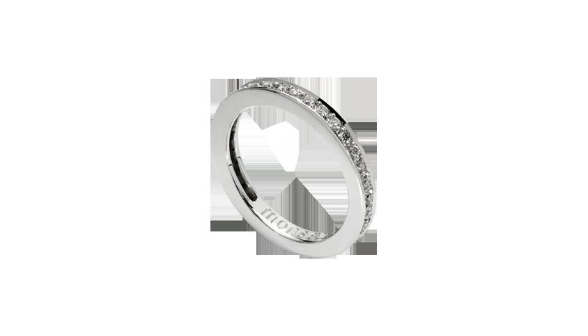AN1660 - Aliança Moments com diamantes   Aliança em ouro branco 19.2 Kt. com 36 diamantes lapidação brilhante. Opção em ouro rosa ou ouro amarelo