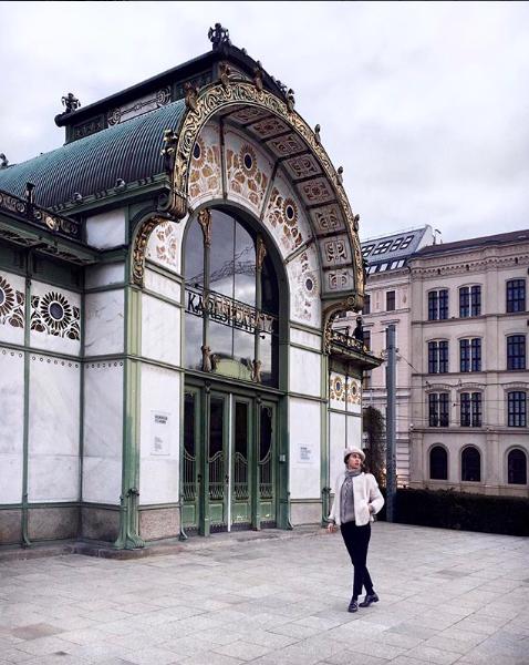 Una delle più belle fermate metropolitane a Vienna.
