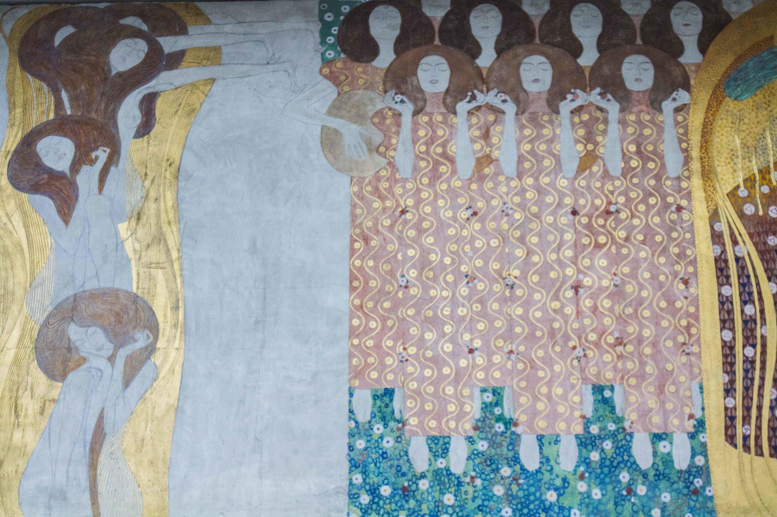 """Alcuni dettagli del """"Fregio di Beethoven"""" di Gustav Klimt."""