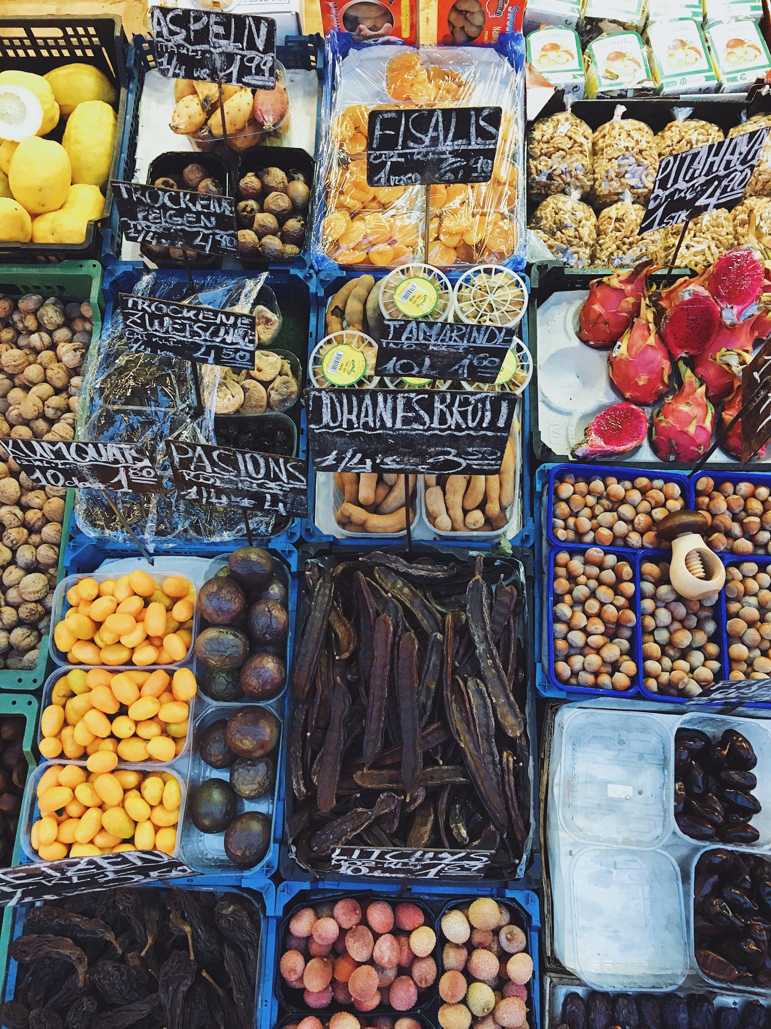 I magici colori del Nashmarkt.