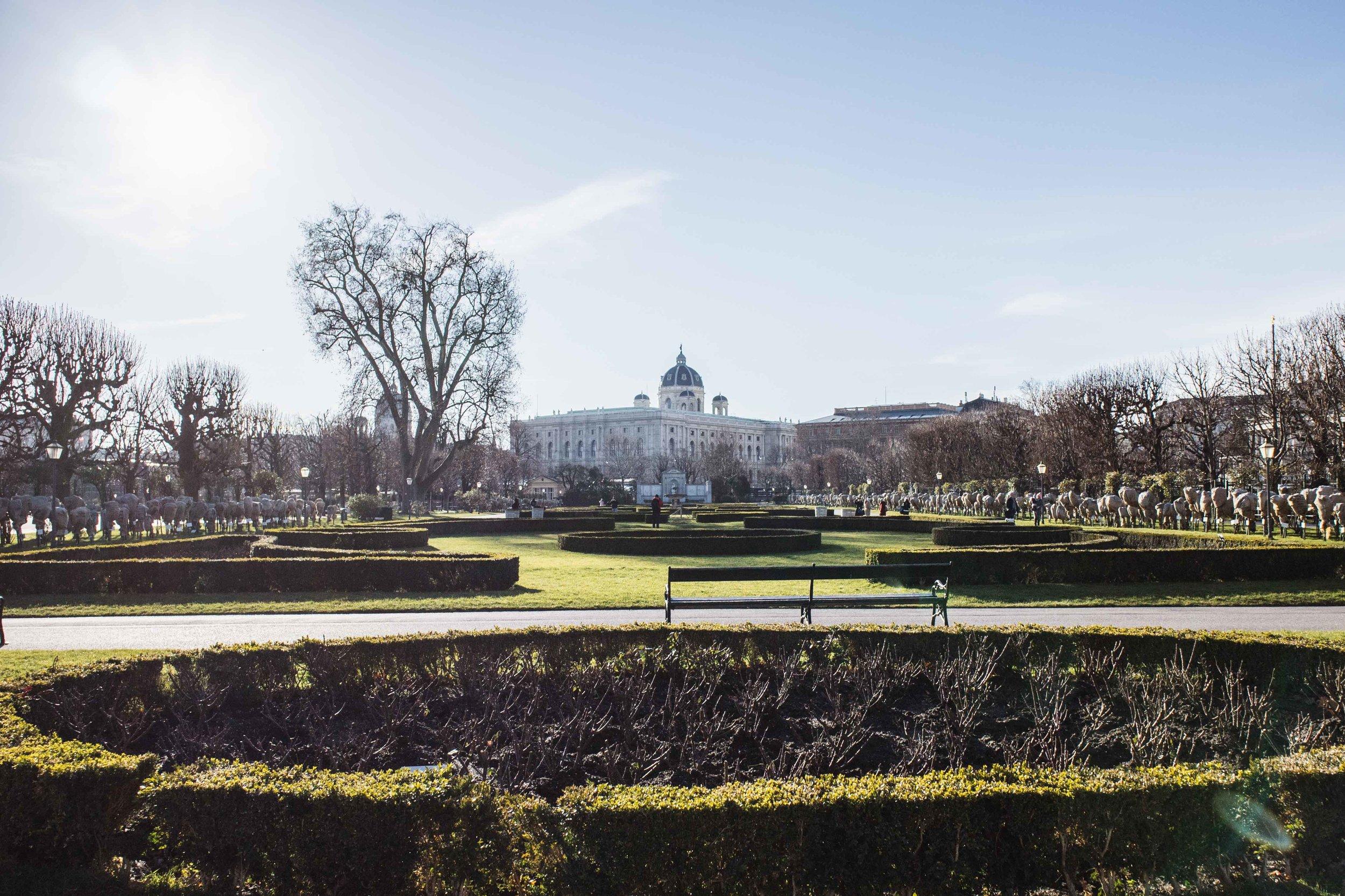Una vista dei giardini di Karltplatz.