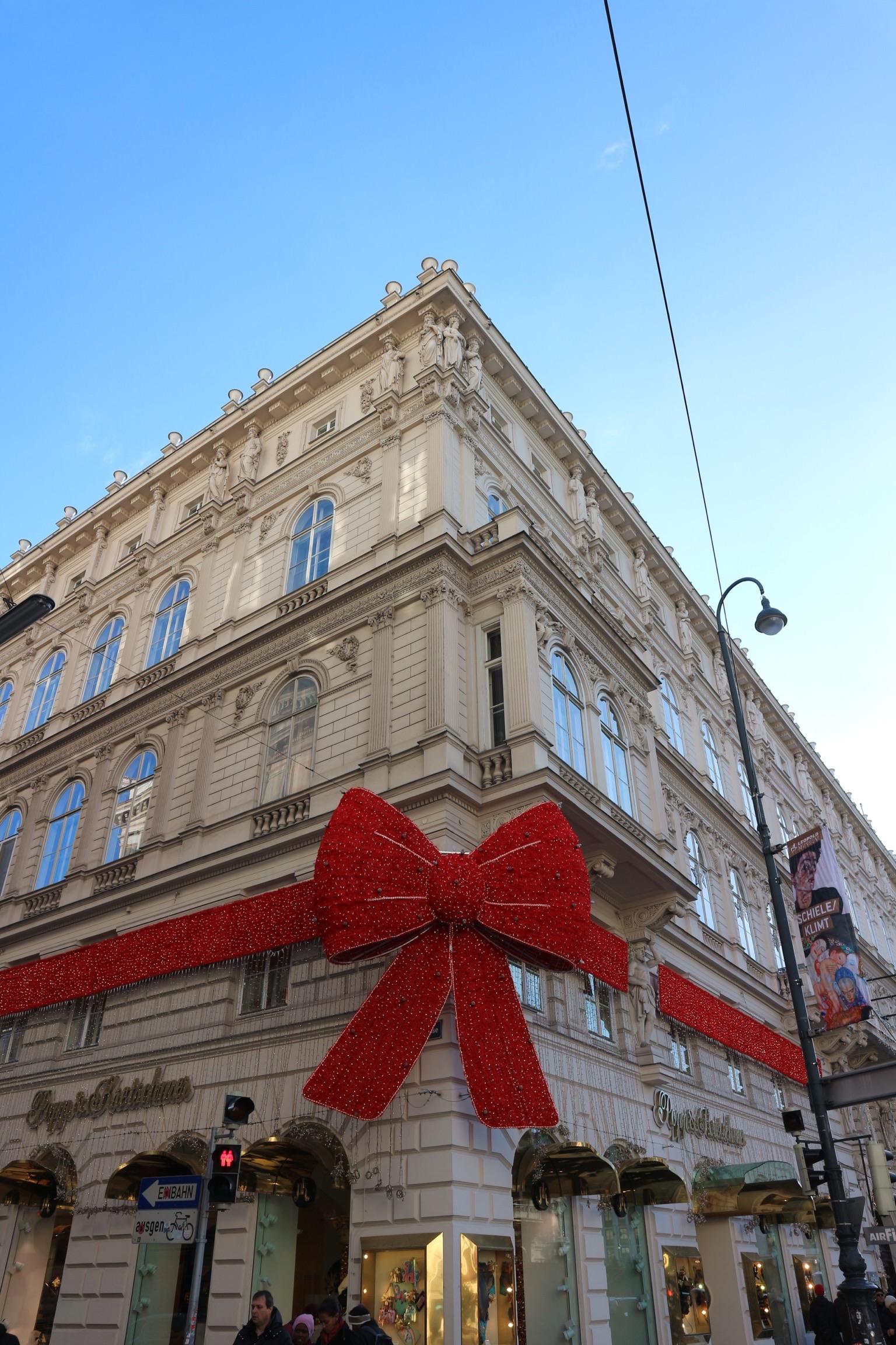 Il celebre fiocco natalizio del  Popp & Kretschmer