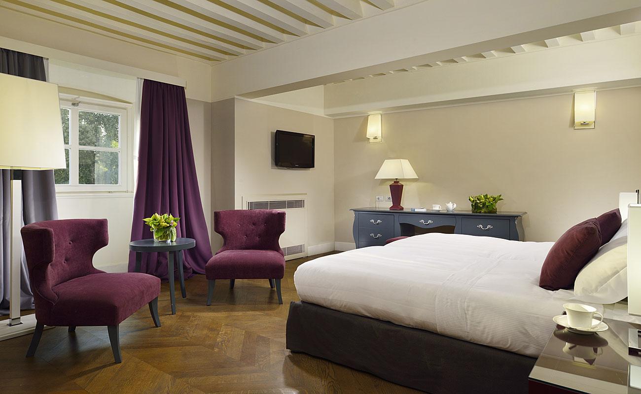 Elegant-room-Villalemascher.jpg