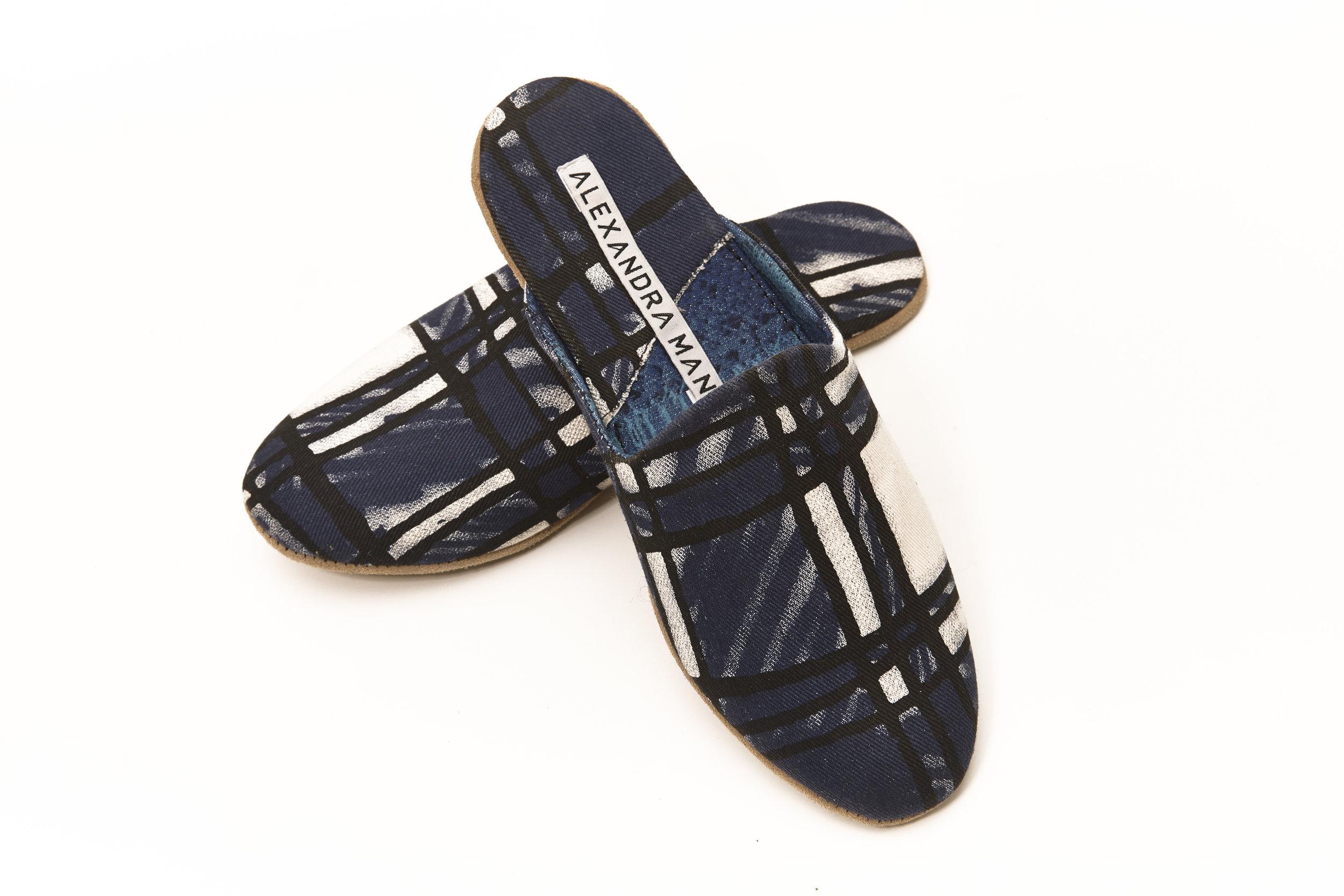 AlexMann-Ecom-Slippers-230.jpg