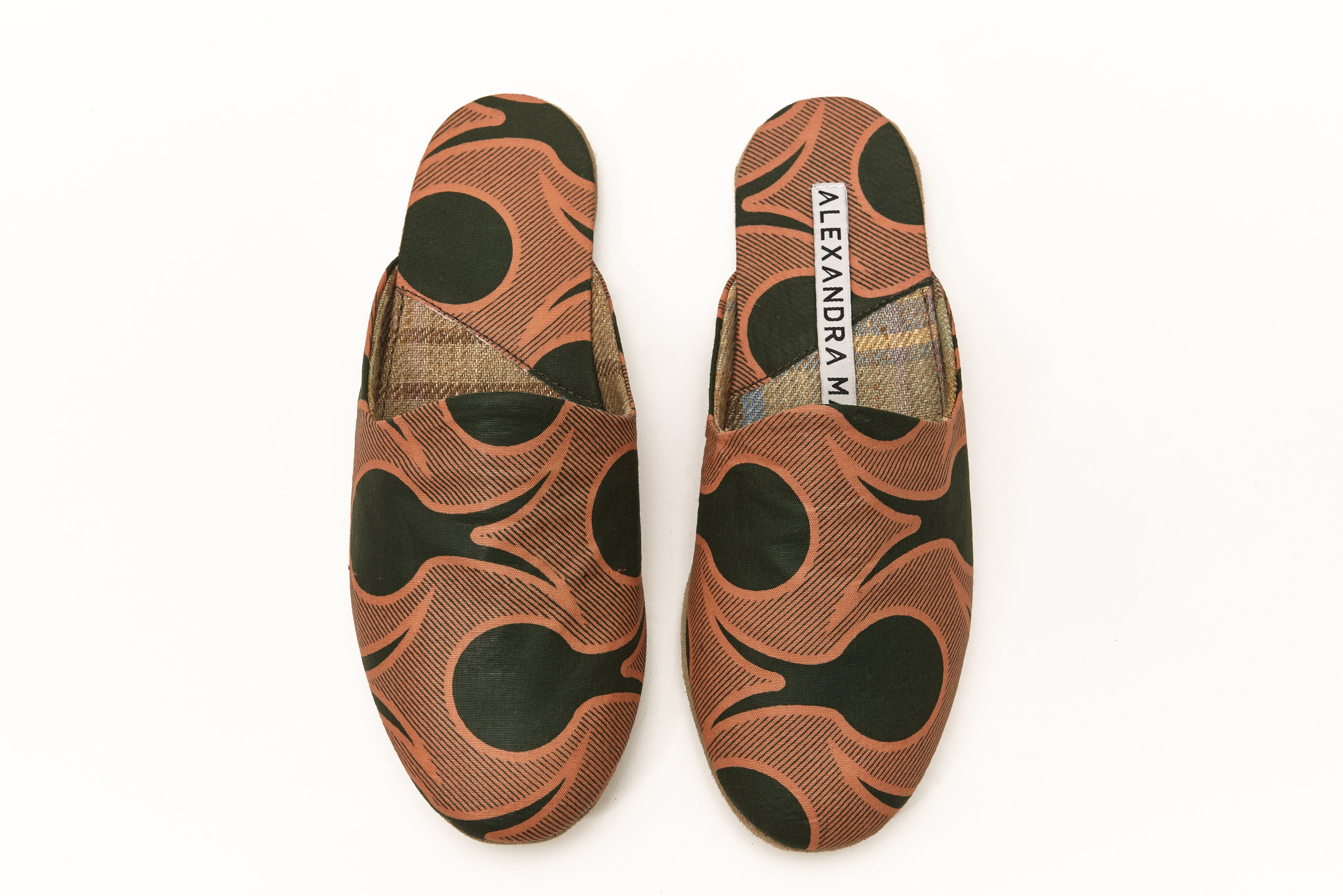 AlexMann-Ecom-Slippers-223.jpg