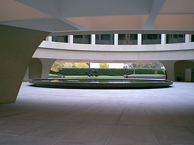 Hirshhorn Museum and Sculpture Garden: Leak repair in plaza and balconies; fountain restoration