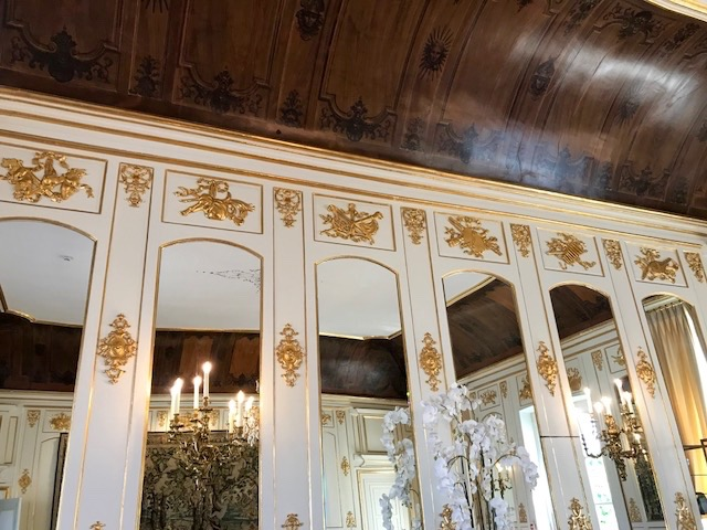 The Spectacular interior decoration of the Salons at Chateau Beychevelle