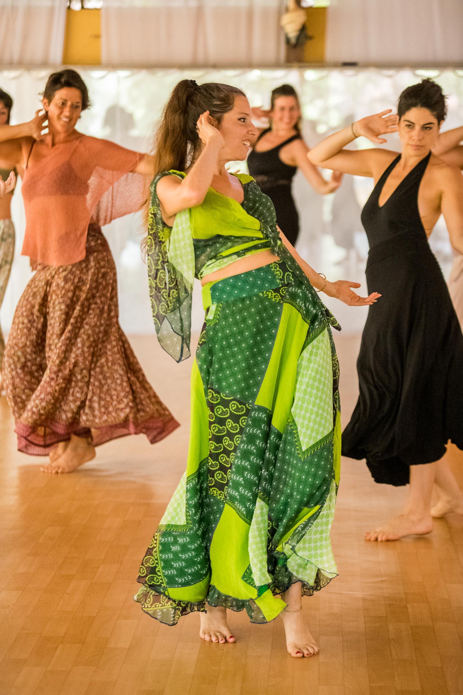 Sacred Dance & Feminine Arts workshop with Zola Dubnikova