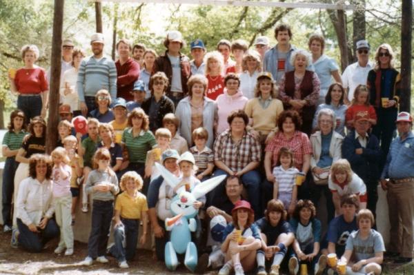 1983-04 Easter picnic.jpeg