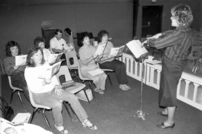 1984 Choir Pic#23.jpg