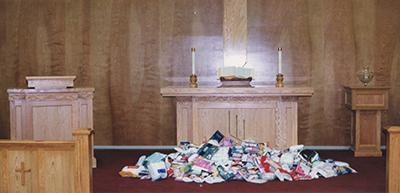 1998-05 Pulpit Altar.jpg