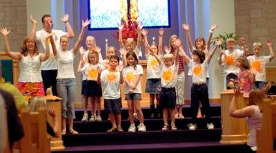 2006 Vacation Bible Scho  ol Sings at Worship
