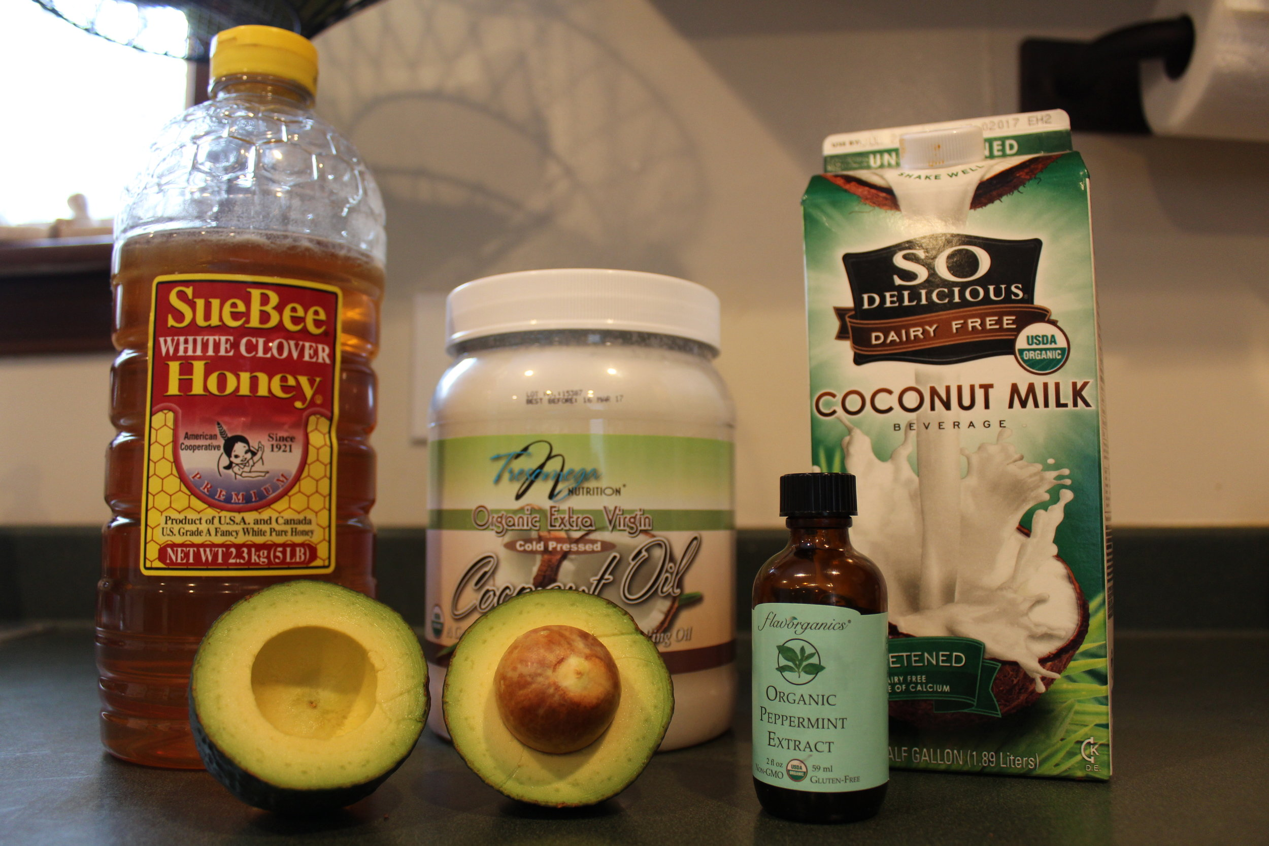 Ingredients for paleo mint ice cream
