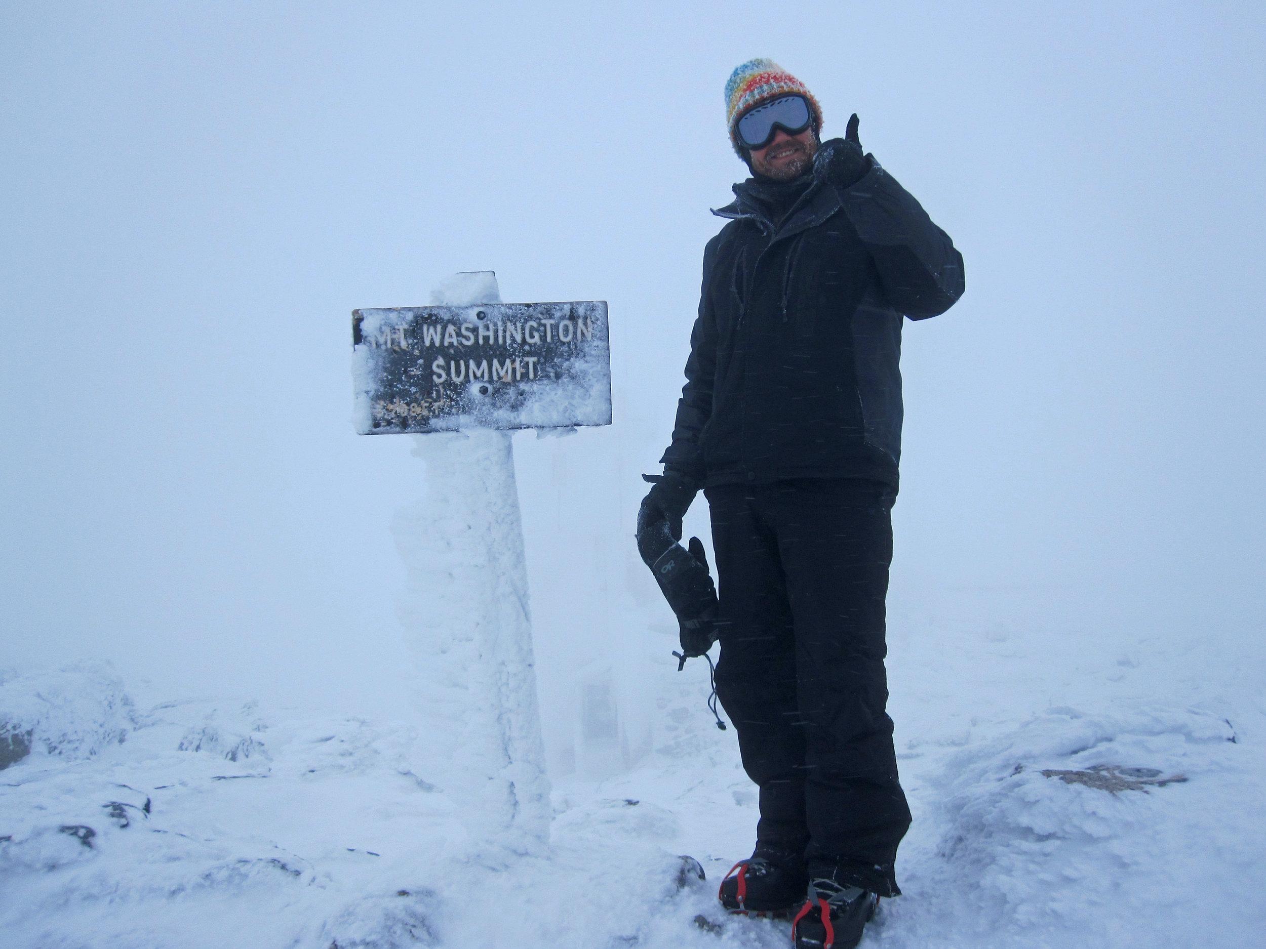 Foggy summit of Mount Washington in the winter
