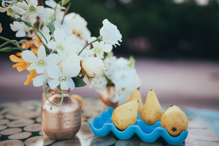 gold wedding accents, Costa Rica