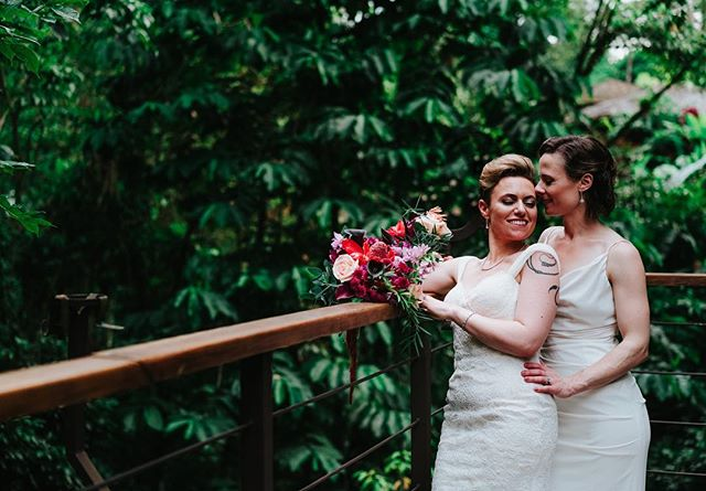 The lovely Lisa and Aviva #weddingplanner #costaricawedding #destinationwedding #loveislove #weddinginspo