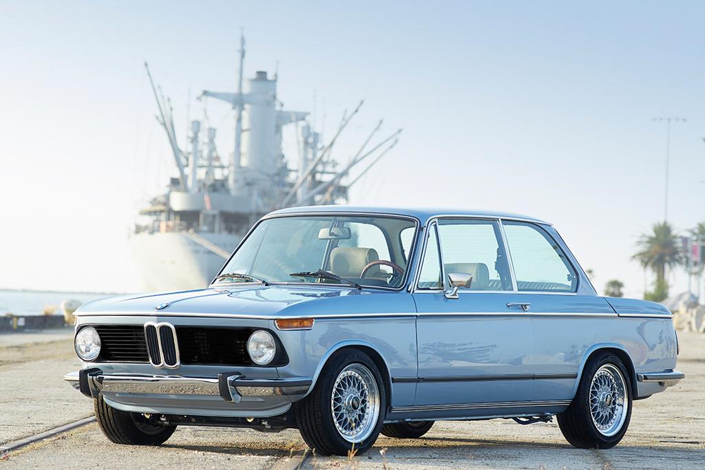KERN-150319-Clarion_BMW_2002_002skytrim.jpg