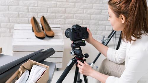 Sesiones para RRSS - Creamos contenido para dinamizar tus cuentas mediante sesiones de fotos informales en el punto de venta, atelier, exteriores, ect.