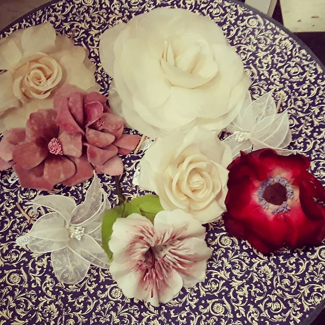 Derby Hats & Hat Decorations. #derbyhats #silkflowers