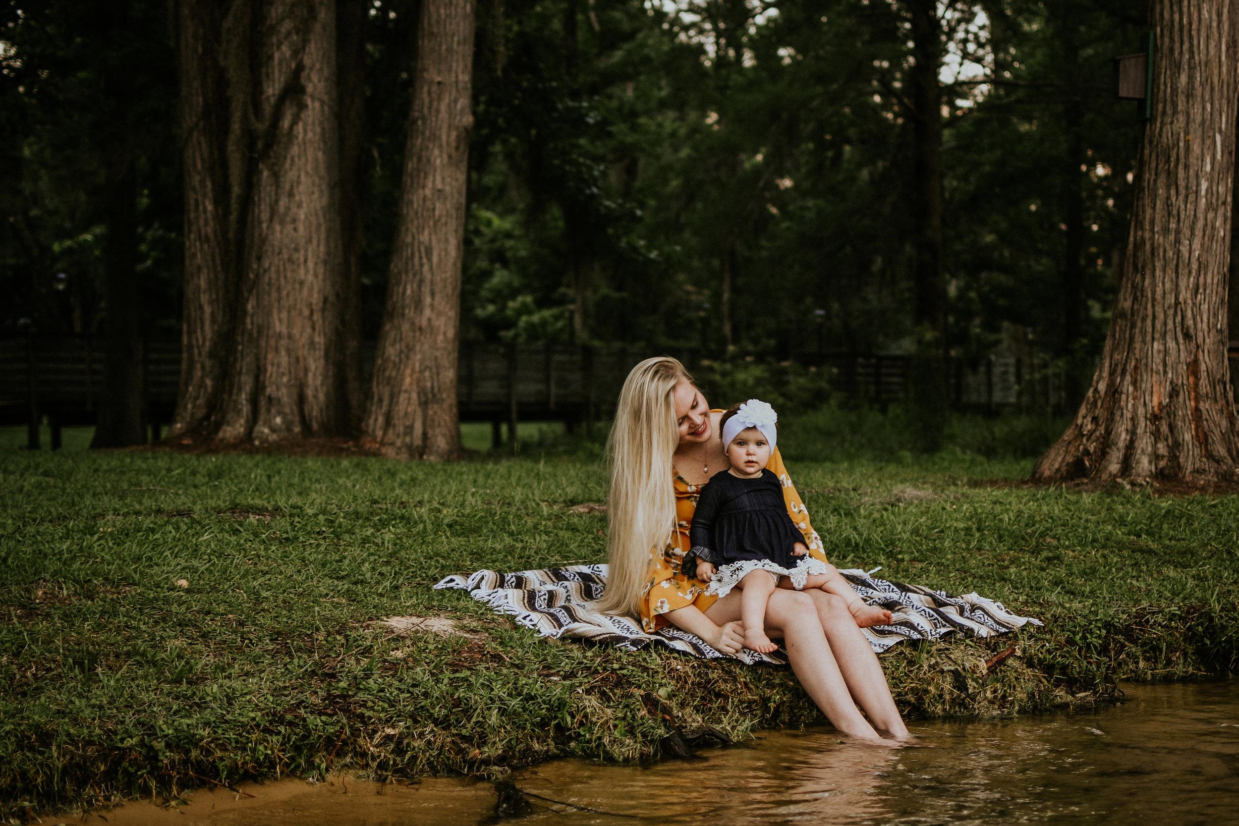 CrestviewFloridaLifestylePhotographer-MommyandMeSession-LakeJackson-FloralaAlabama-24.jpg