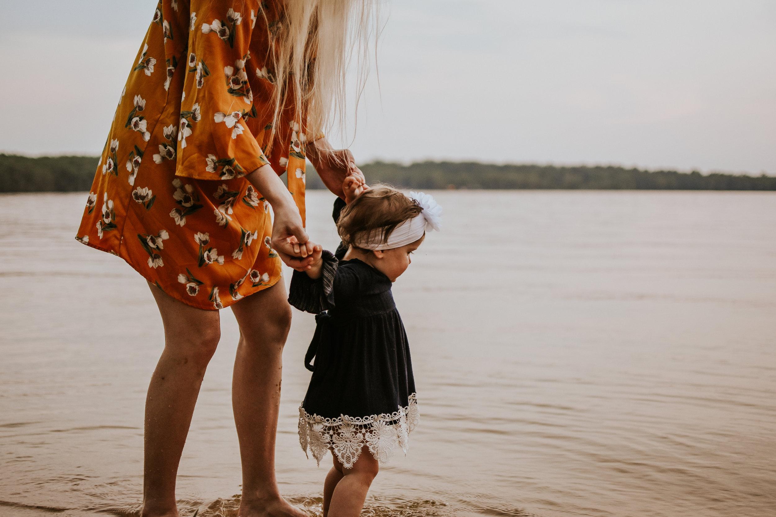 CrestviewFloridaLifestylePhotographer-MommyandMeSession-LakeJackson-FloralaAlabama-49.jpg