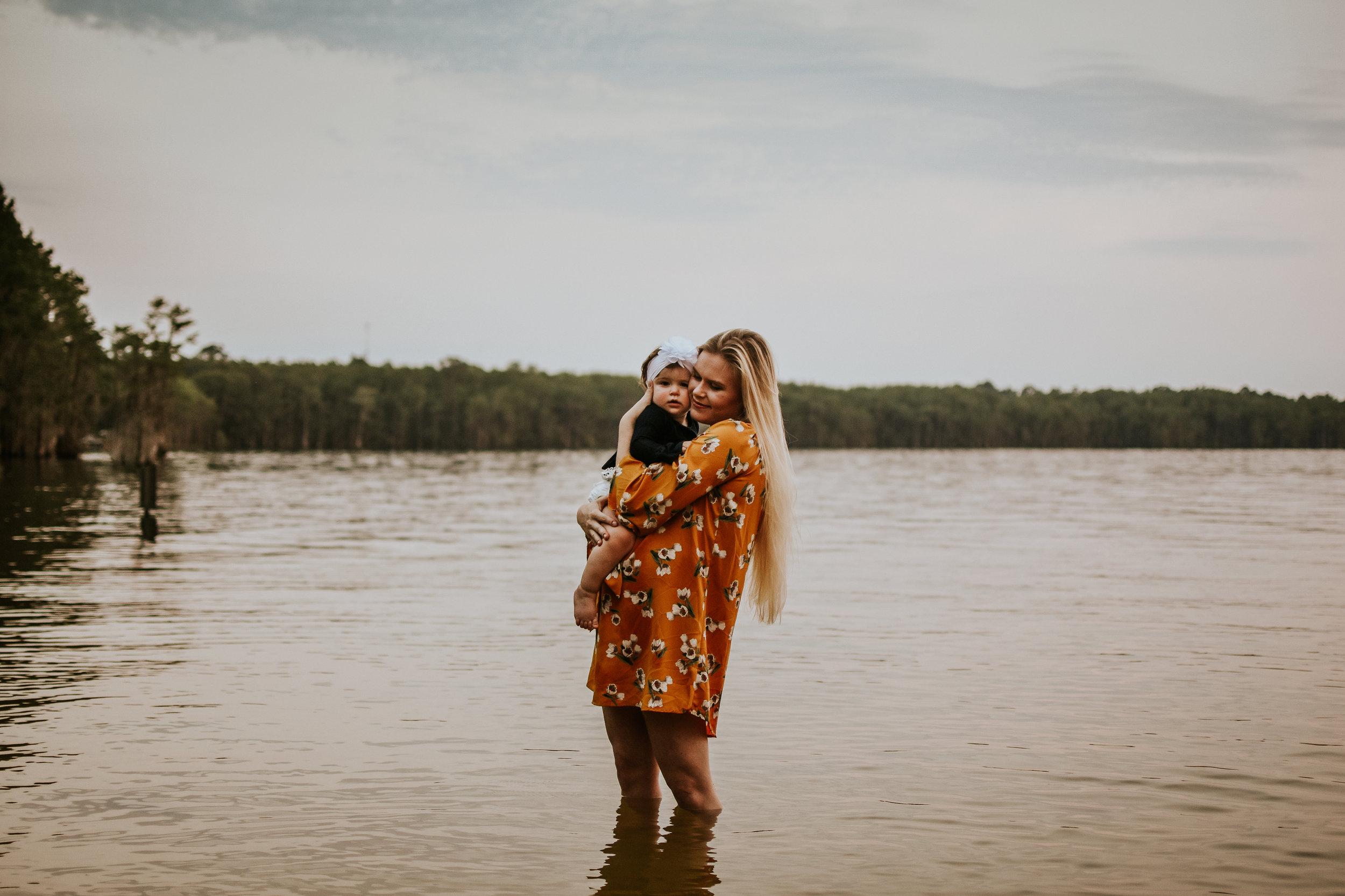 CrestviewFloridaLifestylePhotographer-MommyandMeSession-LakeJackson-FloralaAlabama-70.jpg