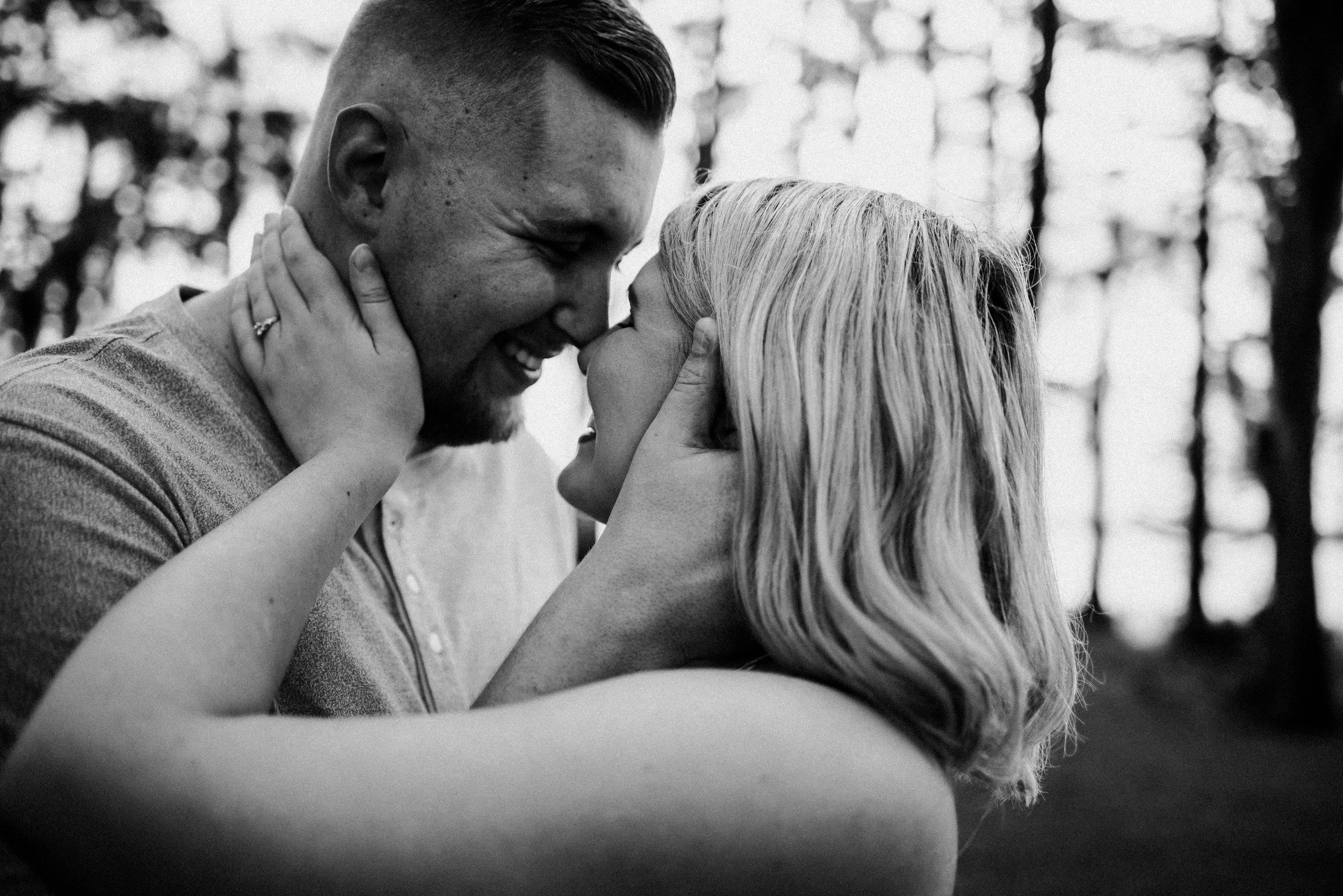 kimberly-trey-crestview-florida-couples-photographer-19.jpg