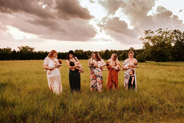 So happy the weather cooperated with us last night so I could capture these amazing mamas nourishing their babes🌿🥰 It turned out to be a beautiful night with these beautiful mamas! Breastfeeding is so special to me and I love doing group sessions like this every year to honor that.  I am currently offering nursing minis for the month of August, so if you'd like to document this season of life with your little- message me and we can get you on my schedule. It's an important part of our motherhood journey and it deserves to be captured🖤 . . . . . . . . . . . . . . .  #igmotherhood #honestmotherhood #inspirepregnancy #motherhoodunplugged #boldemotionalcolorful #worldbreastfeedingweek #thelifestylecollective #emotive #normalizebreastfeeding  #nursingmama  #thesugarjar #dearphotographer #breastfeedingmama  #momtogs #cameramama #thesincerestoryteller #b1withmoms #beyond_motherhood #jjitskids_moms #emeraldcoastphotographer #lifestylephotographer #lxcpresets #hellostoryteller #photographer_stories #rebeccaflemingphotography #floridaphotographer  #travelphotographer  #thefamilycollective