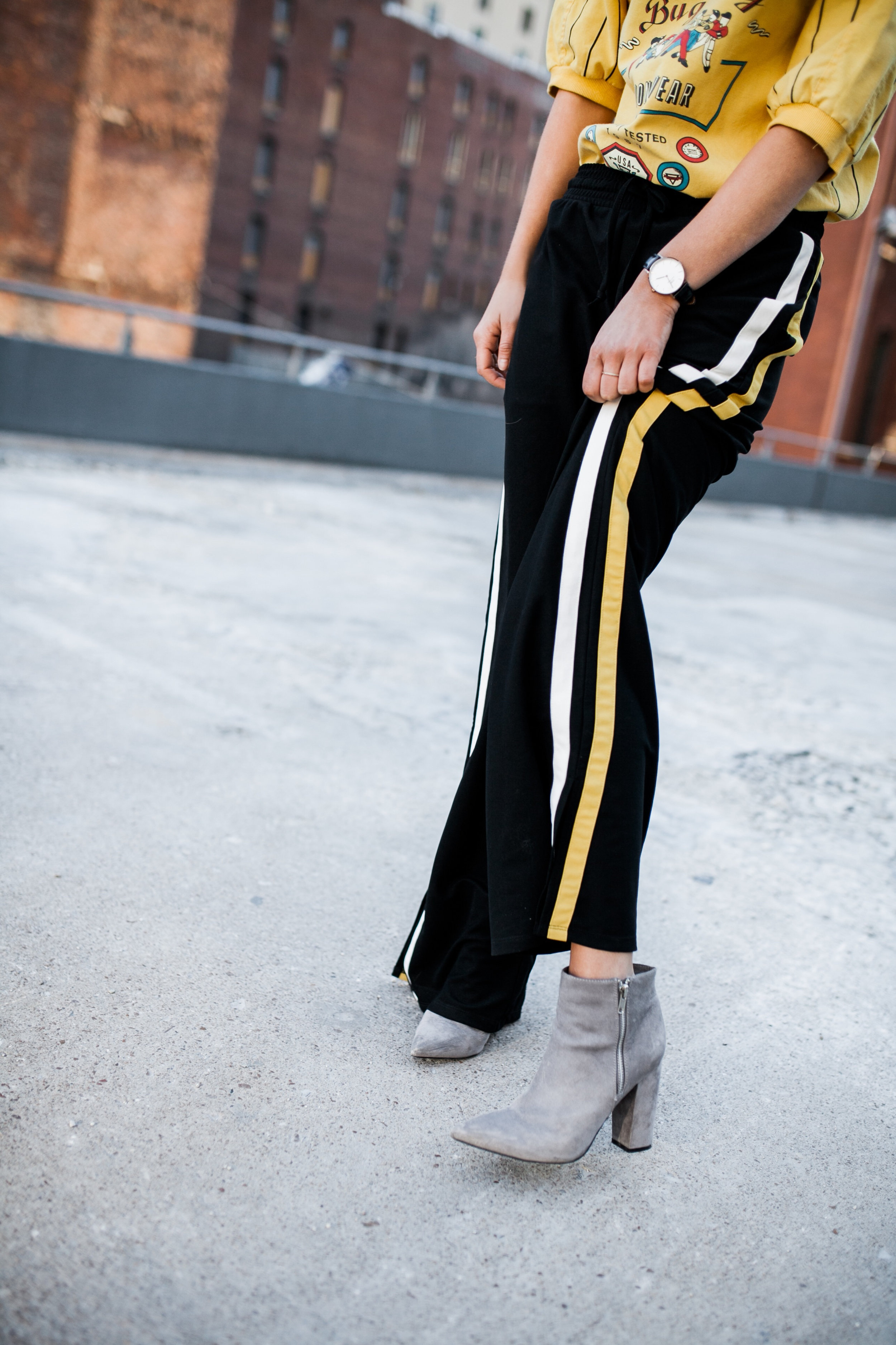 grey+suede+ankle+boot+track+pant+combo.jpg