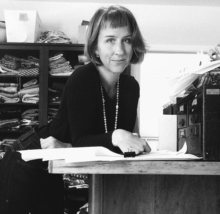 Sally peek   SALLY PEEK IS A DESIGNER, MAKER, & FULL–TIME BUSINESSWOMAN-EXTRAORDINAIRE. WORKING OUT OF HER HOME STUDIO IN COLUMBIA, SC, HER LINE OF HANDBAGS AND ACCESSORIES, NANA BY SALLY, WAS INSPIRED BY HER GREAT-GRANDMOTHER.
