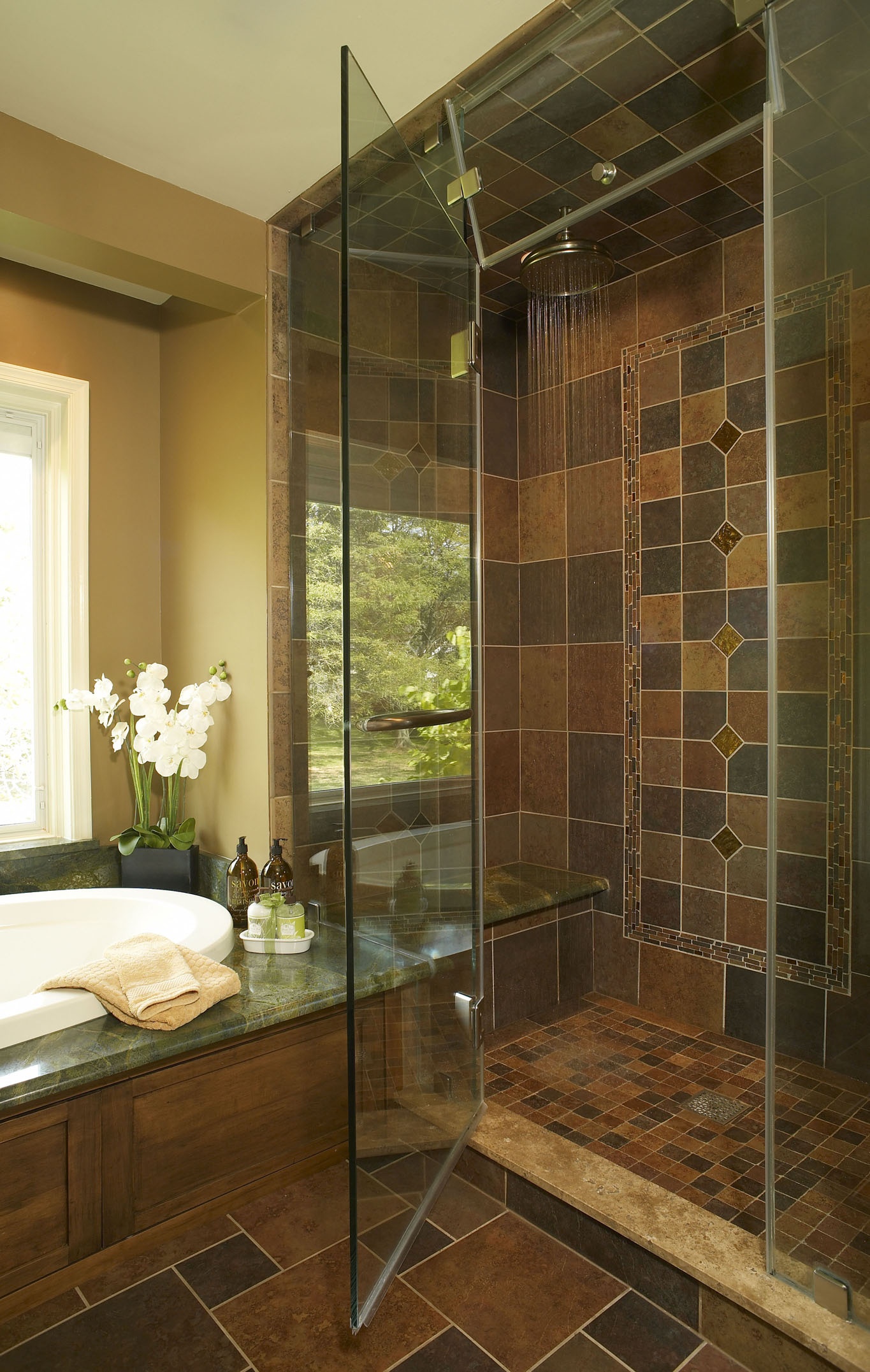 Slate Look Porcelain Tile with Glass Inserts