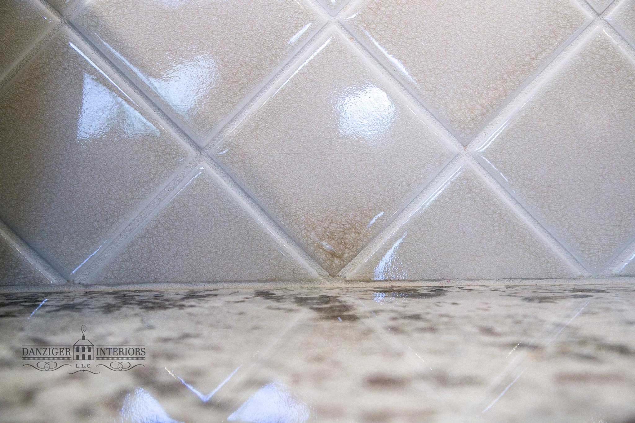 Crackle glaze handmade tile
