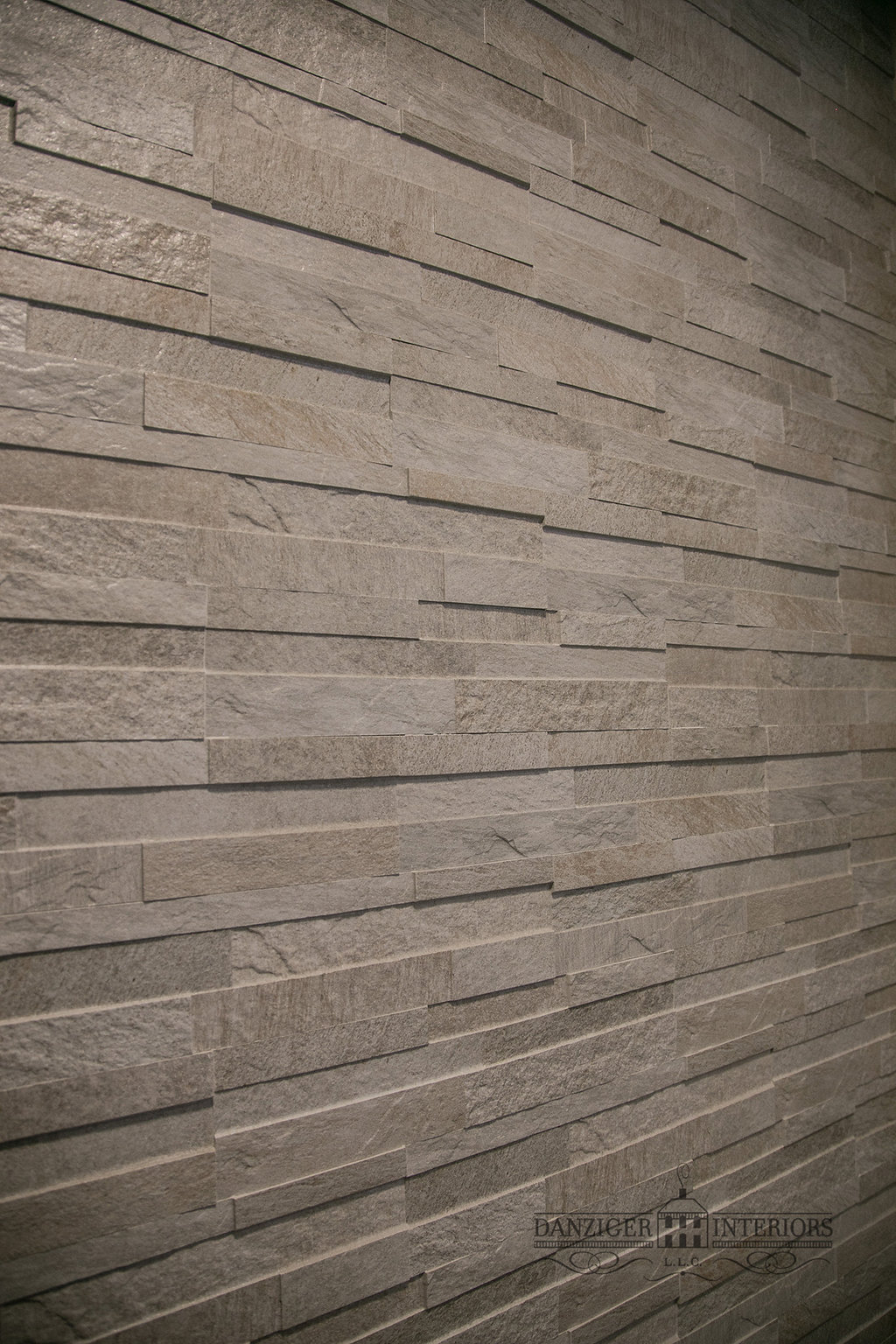 Tile ledger wall to mount TV