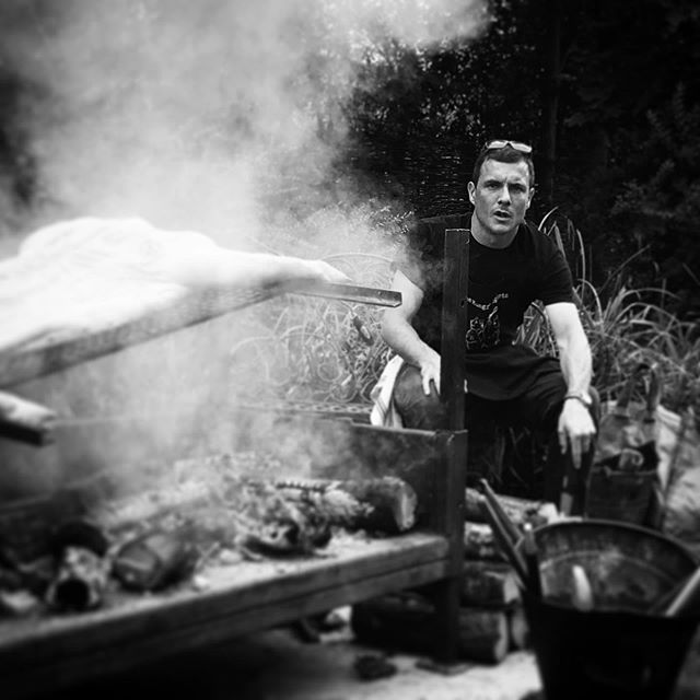 Our very own Bear, grills his first pig. Thanks Jezza @jeremymi . Such an awesome party with @preppypineapplecatering who accompanied this smokey pig with some of the finest salads we've seen. #pig #smokeypig #thehungrypiglets #foodporn #bbqpig #bbq #summercooking #summer #outdoorcooking #openfirecooking #beargrills #pork #smoked