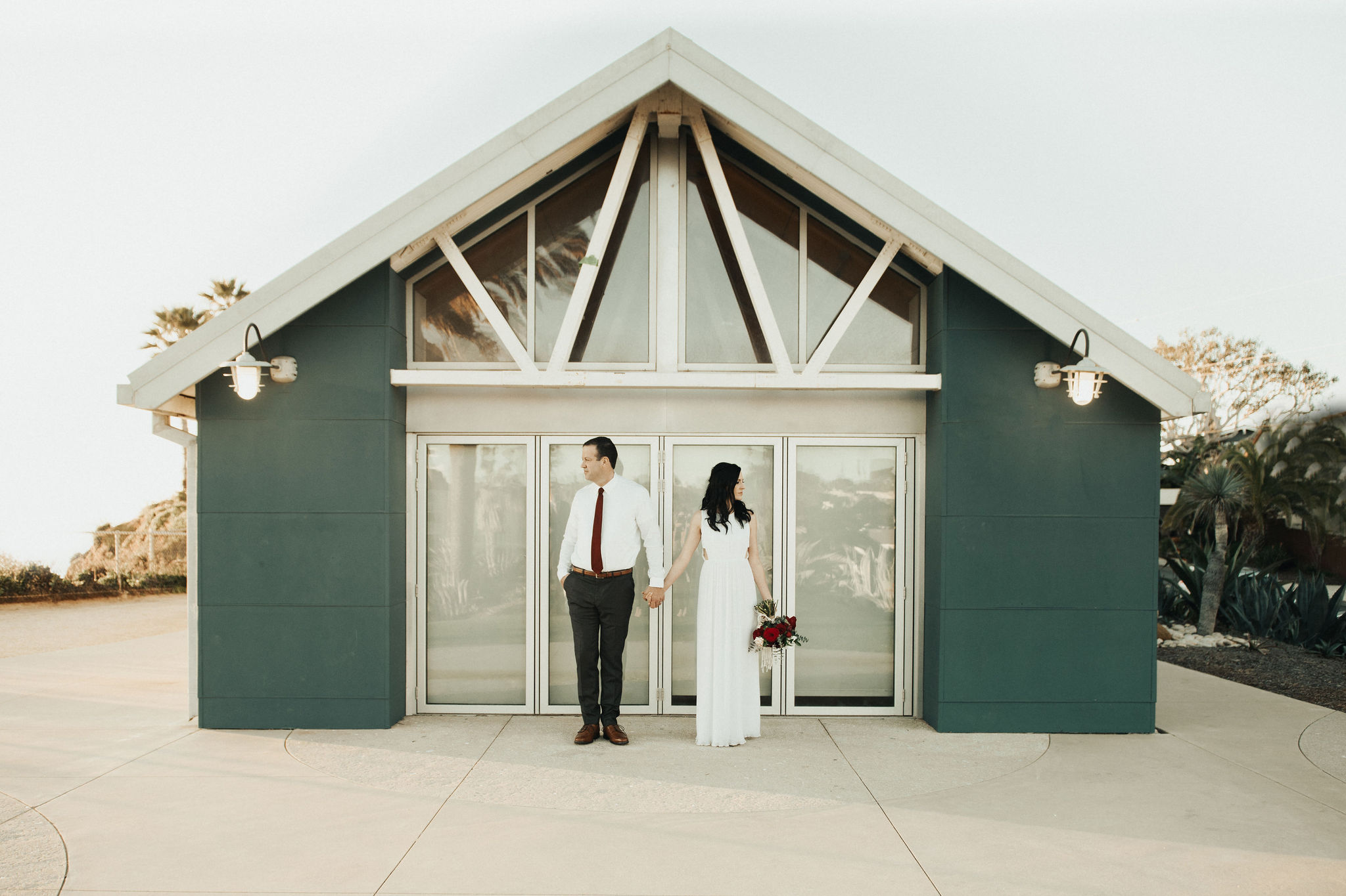 ASHLEY + ERIC - This perfect pair eloped on the beaches of Del Mar, and show that simple can be so classic and beautiful. Check out their perfect and intimate day here.