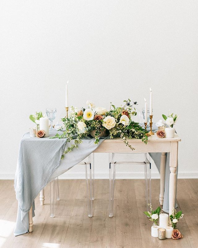 Throw back to this gorgeous, geometric styled shoot. 😍 ✨ Photography: @lizajamesphotography Styling: @modandmaple  Florals: @sophisticatedfloral  Hair & Make Up: @makeupbywhit  Video: @goodcostudios  Dress: @brides_for_a_cause  Calligraphy: @lettersanddust  Rentals: @something_borrowed_pdx  Cake: @nextdoordesserts  Venue: @lightroompdx • • • • #portland #portlandphotographer #wildhairandhappyhearts #couples #love #adventurebride #chasinglight #film #photography #indiebride #thewildbride #lizajamesphotography #couplesphotography #makeportraits #portraitcollective #scotlandweddingphotographer #photographyislife #authenticlovemag #details #dirtybootsandmessyhair #loveauthentic #adventerouslovestories #radlovestories #kodakgold #bride #oregonbride #wedding #weddingphotography #oregonbridemag #portlandweddingphotographer