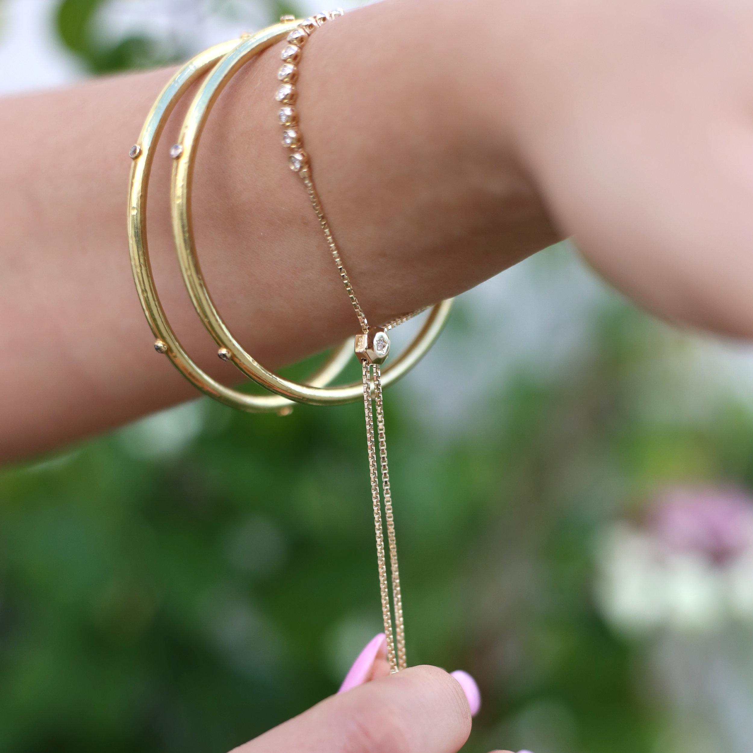diamond_adjustable_tennis_bracelet.jpg