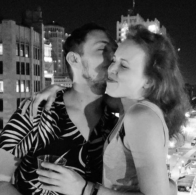 saturgay shenans  #friends #love #sendoff #wemissyoualreadyian #denial #dontleaveus #wereherewerequeer #rooftop #summer #summernights #nohetero #myfriendsarepretty #photogenic #stl