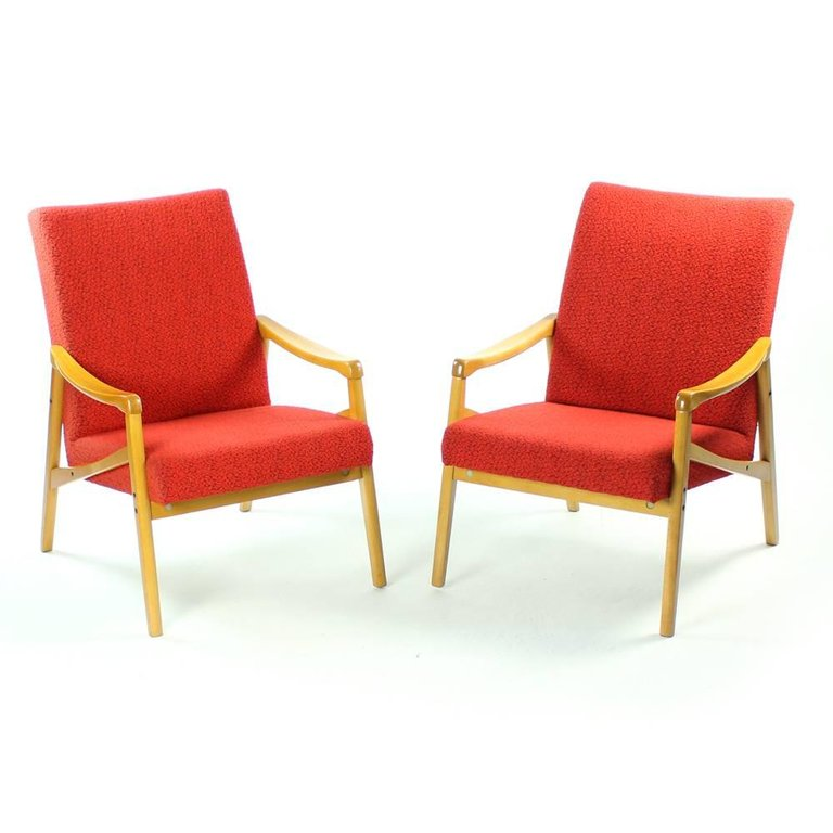 mid-century red + yellow chair