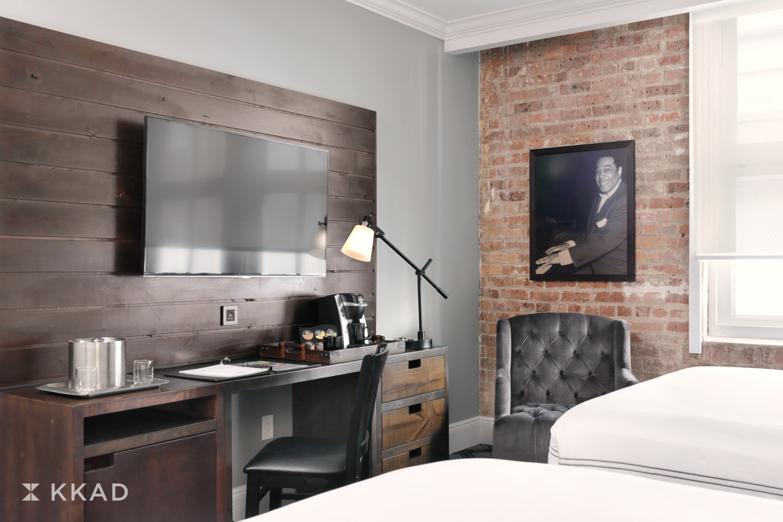 Q & C Hotel Guestroom
