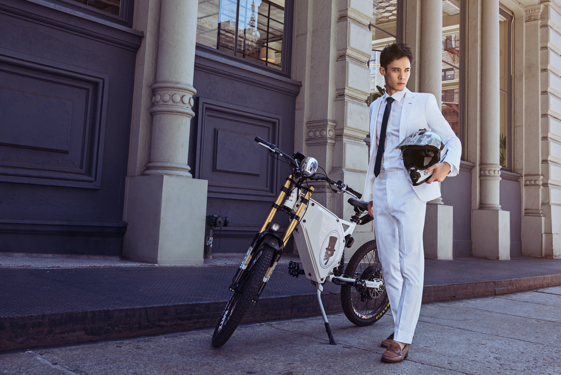 Custom-tailored essentials for the modern, working, man