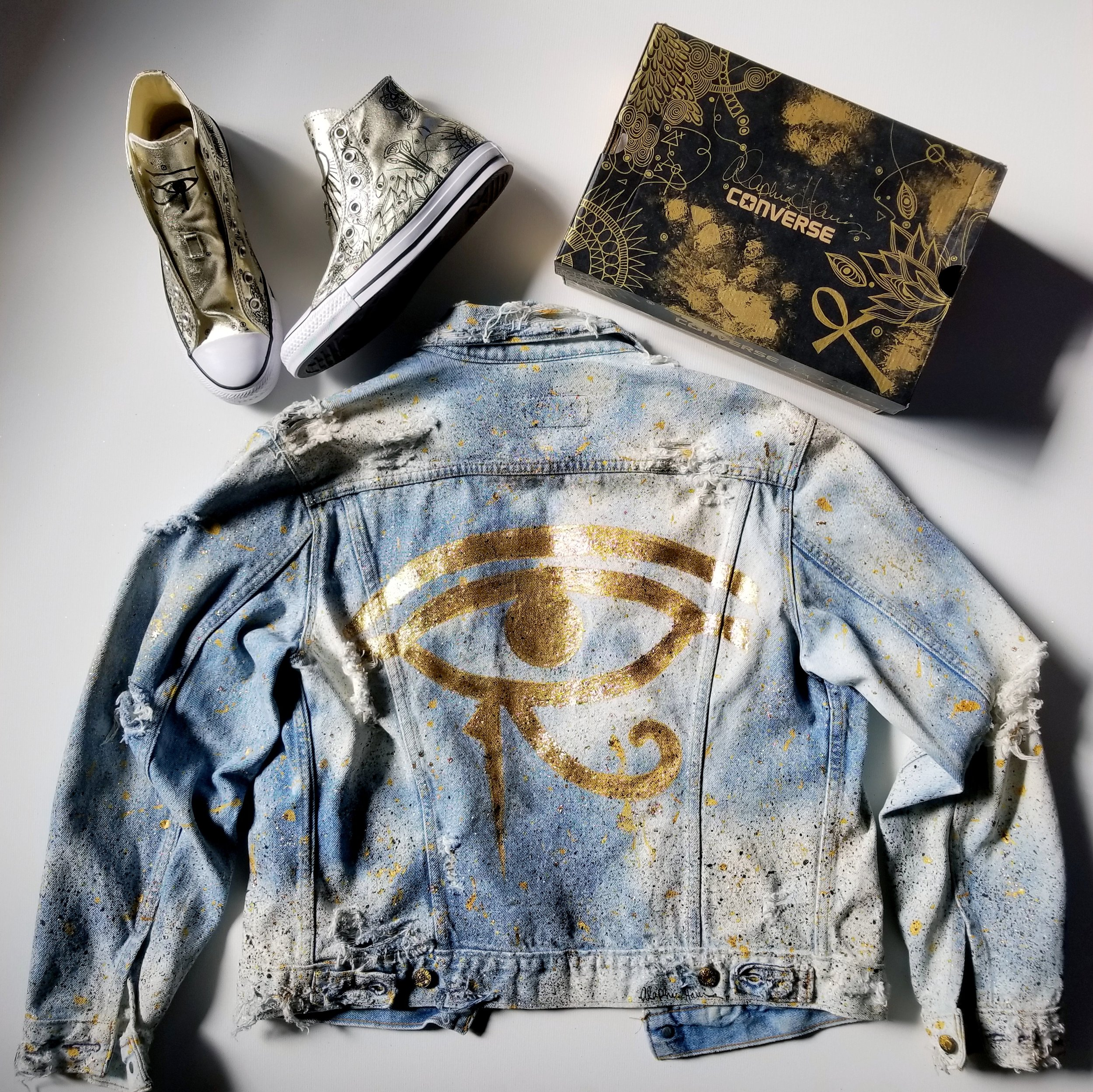 """Eye of Horus"" Denim & Converse"