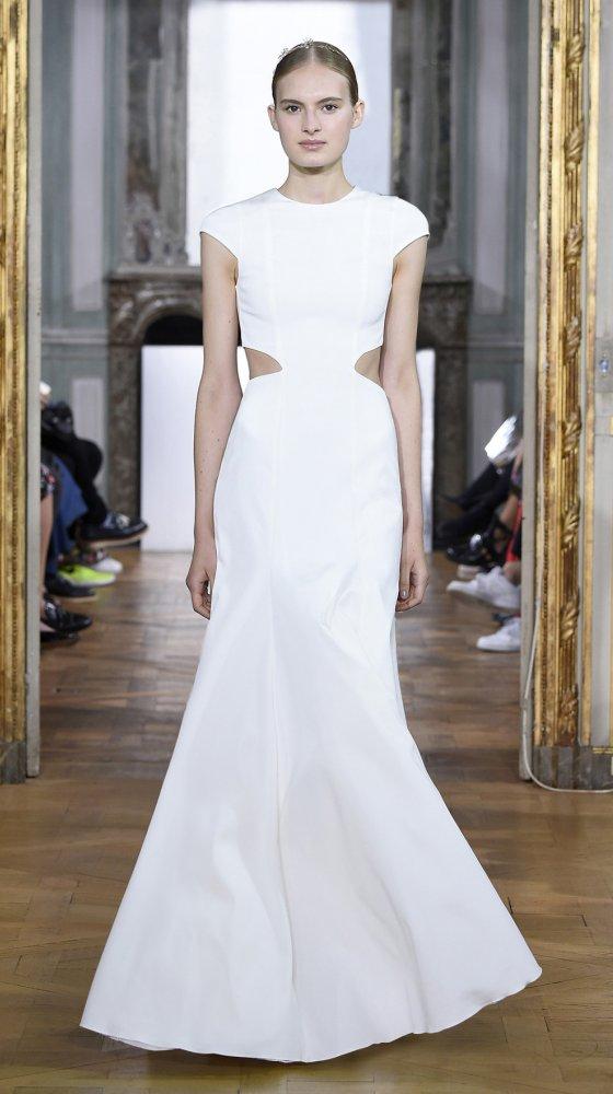 claire-dress-bridal-couture-2017-kaviar-gauche-berlin-muenchen-duesseldorf-brautkleid_revised_0.jpg