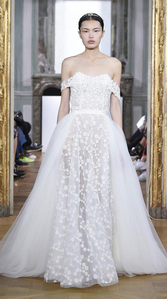 daisy-bustier-dress-bridal-couture-2017-kaviar-gauche-berlin-muenchen-duesseldorf-brautkleid_revised_0.jpg